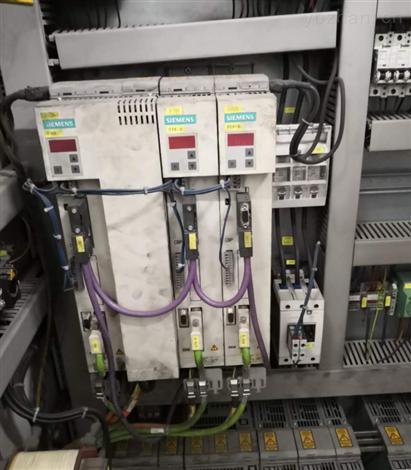 西门子6SE70伺服控制器上电面板无显示
