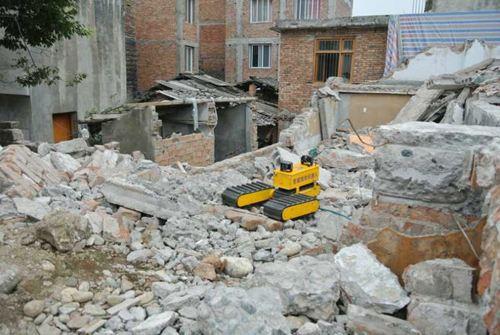 沈自所牽頭制定的地面廢墟搜救機器人國家標準發布