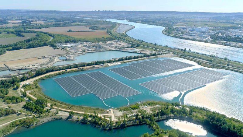 歐洲最大浮式太陽能光伏電站在法國落成